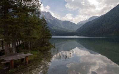 Antholzer-See mit Blick zum Staller Sattel