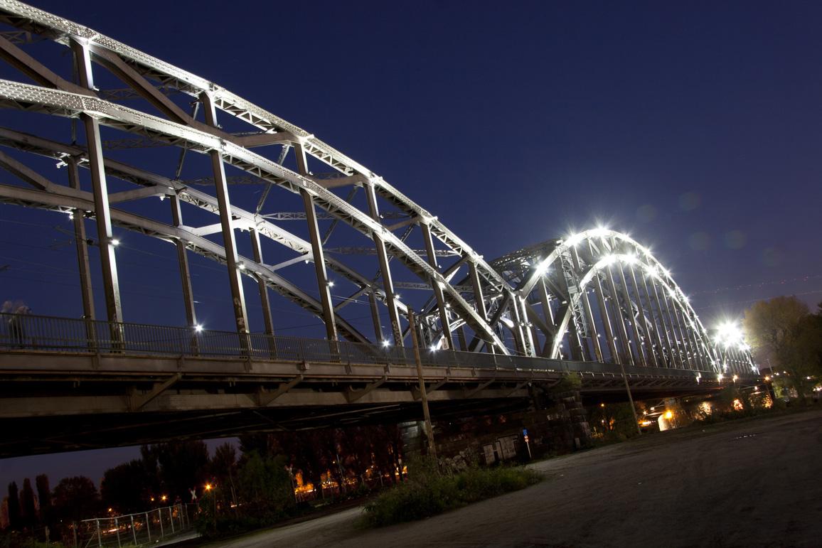 Am Osthafen - Blaue Stunde - Brücke